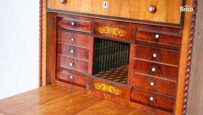 Restauraci n de armario antiguo bricoman a - Como restaurar un mueble viejo ...