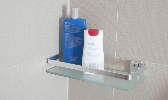 Fijar accesorios para baño