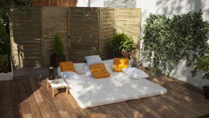 Suelo de madera tecnol gica bricoman a for Suelo para terraza barato