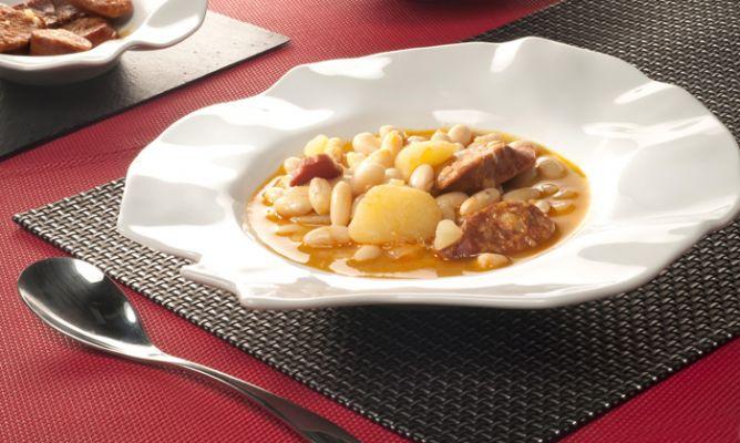 Receta de jud as con chorizo bruno oteiza - Judias con chorizo y patatas ...