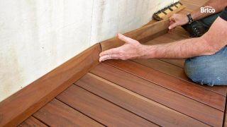 Colocar losetas de madera