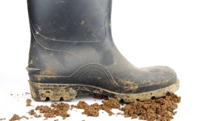 Limpiar manchas de barro del suelo hogarmania - Como limpiar suelos de barro ...