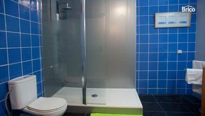 Eliminar y cambiar la silicona de una ba era bricoman a - Sustituir banera por ducha ...