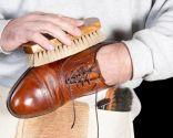 Limpiar los zapatos