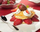 Delicia de fresas con nata y chocolate