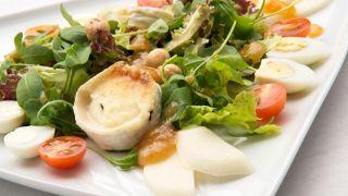 Ensalada de queso de cabra con vinagreta de membrillo