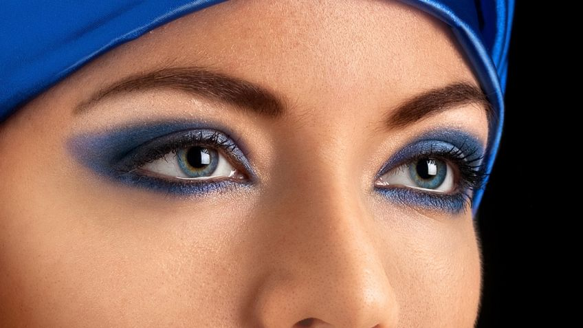 Maquillaje para combinar con vestido azul
