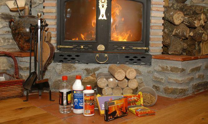 Diferentes materiales para el fuego de la chimenea - Fuego falso para chimenea ...