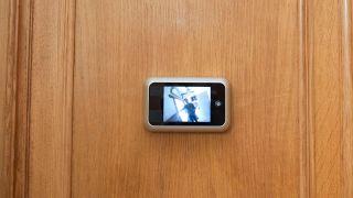 Mirilla electrónica para la puerta