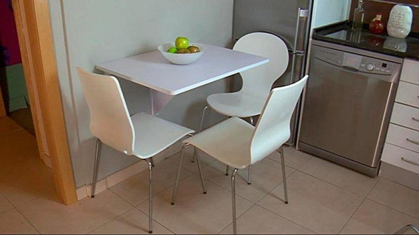 Mesa abatible tareas de bricolaje para montar una mesa for Mesa abatible pared cocina