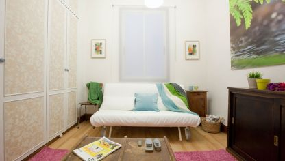 Habitaci n de invitados luminosa en azul y blanco hogarmania - Programa decorar habitacion ...