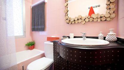 Decorar un ba o de color rosa hogarmania - Ideas para reformar el bano ...