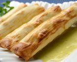 Canutillos crujientes con salsa de calabacín