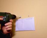 Cómo arreglar los tacos de fijación o tirafondos de una pared paso 3