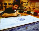 Cómo tapizar la tapa de un baúl paso 16