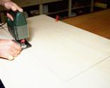Cómo tapizar la tapa de un baúl paso 3