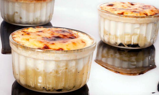 Receta de Huevos al horno con bechamel de queso - Bruno Oteiza