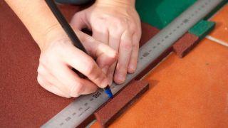 Instalar suelo de caucho granulado - Paso 3