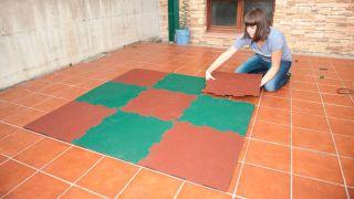 Instalar suelo de caucho granulado - Paso 7