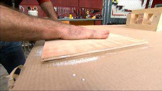 Cómo reparar una silla de madera - Paso 6