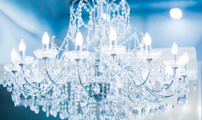Limpiar lámpara de cristales - Hogarmania