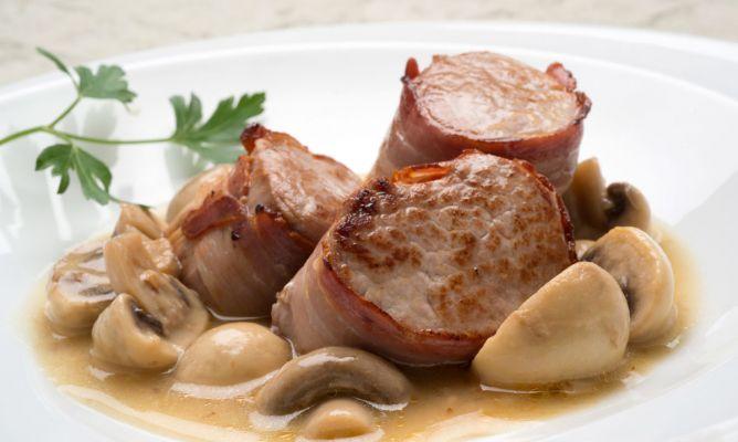 Receta de solomillo de cerdo con champi ones en salsa karlos argui ano - Salsa para ternera a la plancha ...