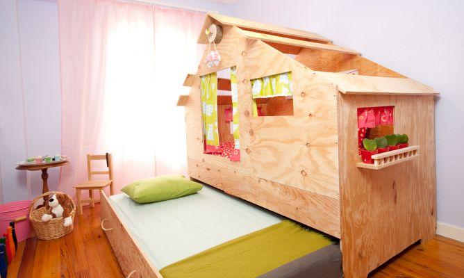 Habitacin infantil con zona de juegos Decogarden