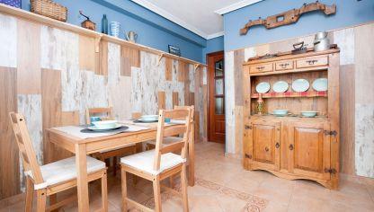 Cocinas de estilo r stico hogarmania for Como modernizar un comedor clasico