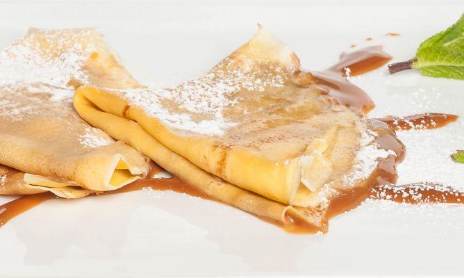 Receta de Crepes rellenos de dulce de leche - Eva Arguiñano