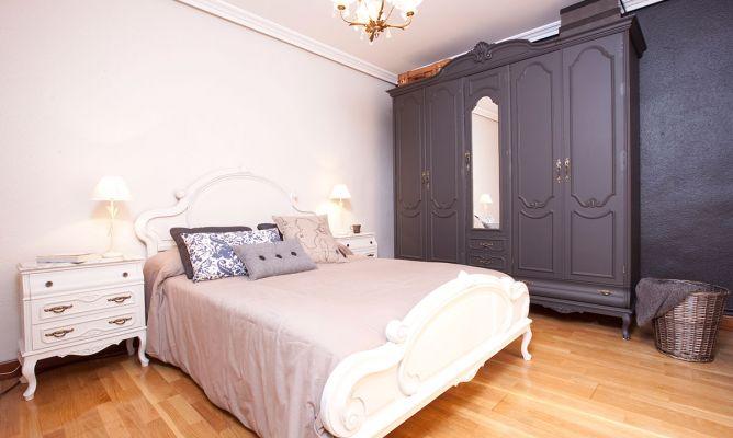 Decorar habitaci n juvenil con muebles cl sicos decogarden - Modernizar muebles clasicos ...