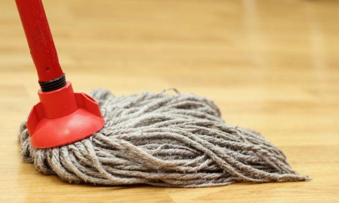 Limpiar suelo de madera hogarmania - Como limpiar el suelo de madera ...
