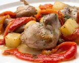 Codornices, patatas y pimientos