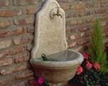 Fuente de piedra artificial
