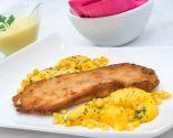 Filetes de pavo rellenos con salsa de melocotón