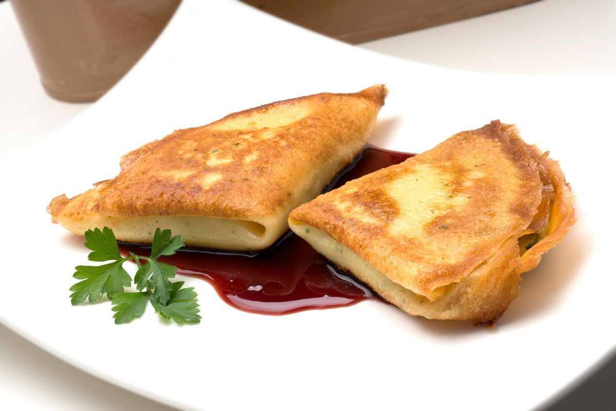 Las mejores recetas de calabacín de Karlos Arguiñano - Crepes rellenos de calabacín, puerros y queso