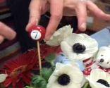 centro mesa flores cumpleaños infantil paso 5