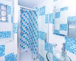 Ideas para decorar baño azul