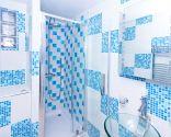 Ideas para decorar baño azul