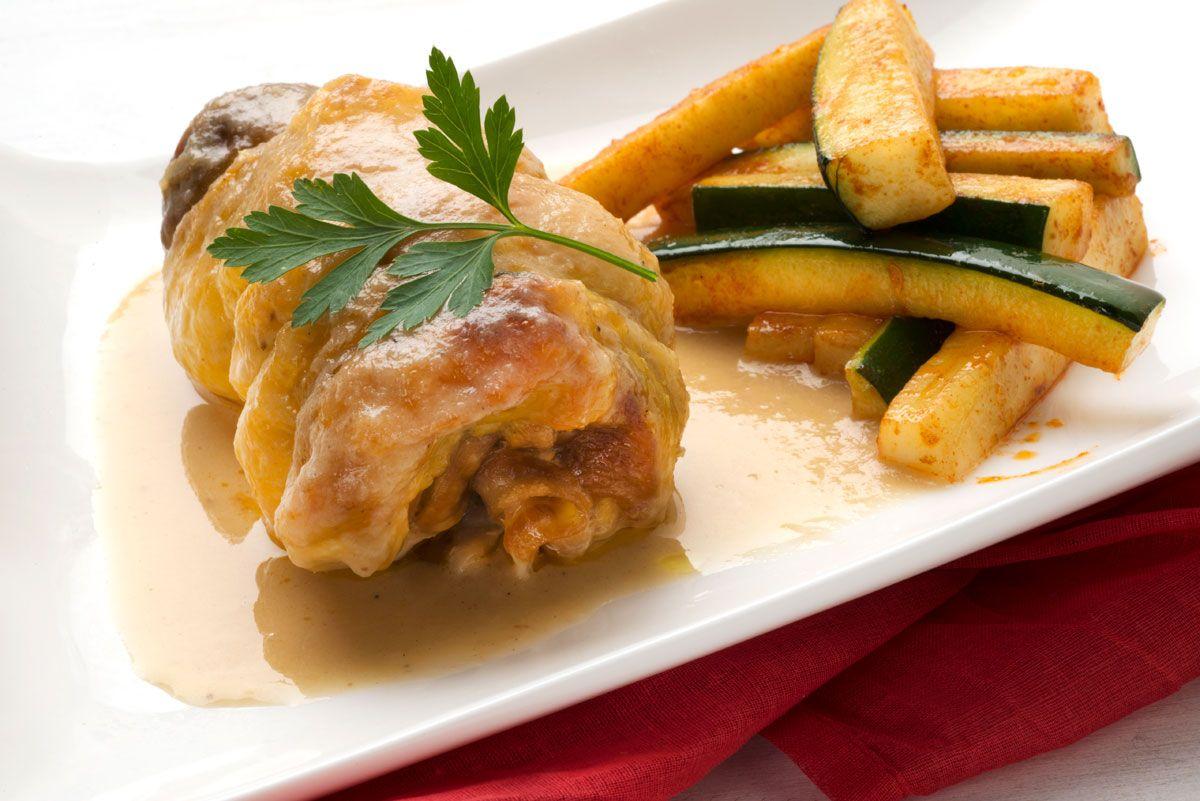 Las mejores recetas de calabacín de Karlos Arguiñano - Muslos de pollo rellenos de calabacín