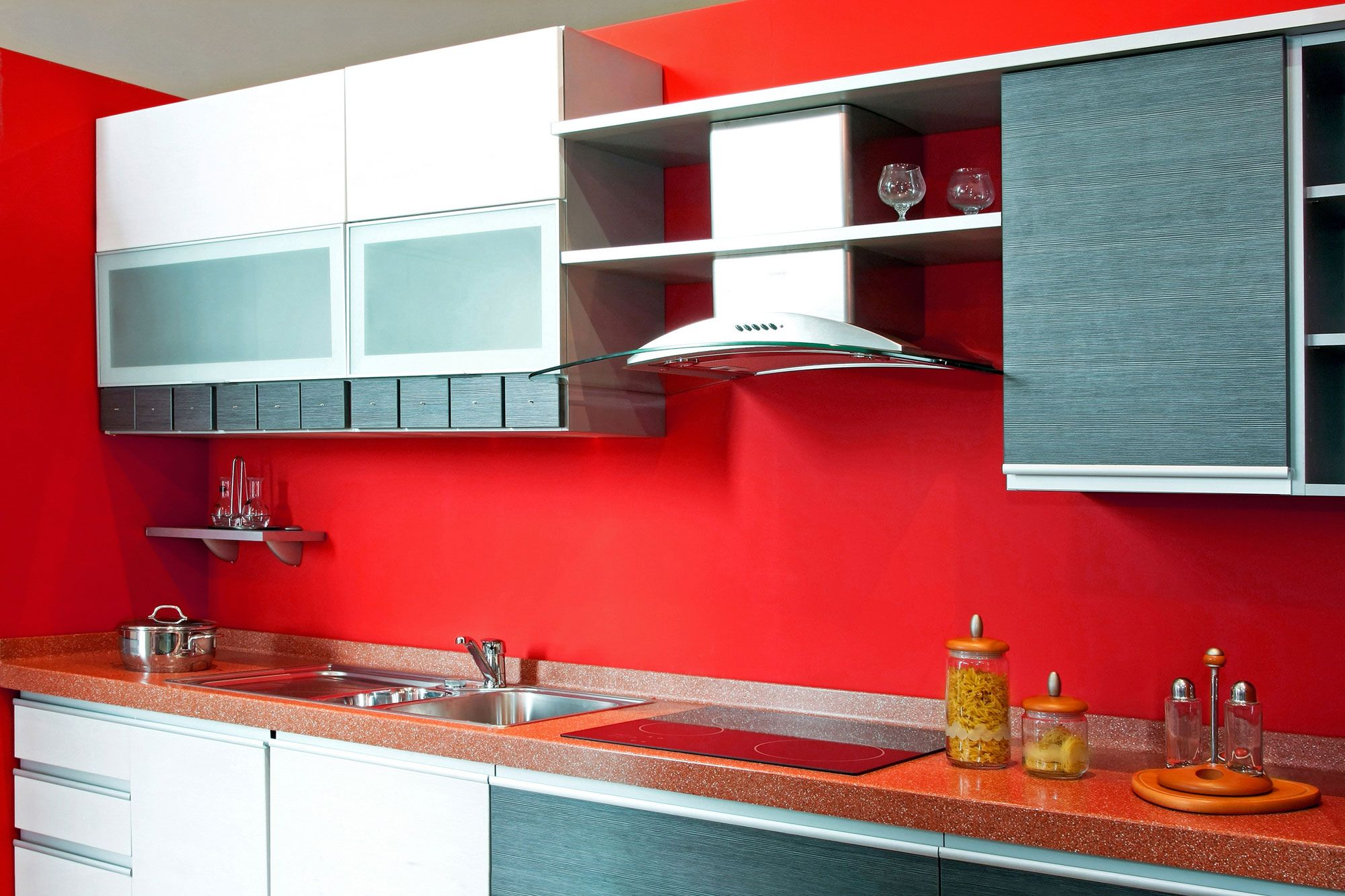 Decoraci n de cocinas en color rojo hogarmania for Decoracion para pared de cocina