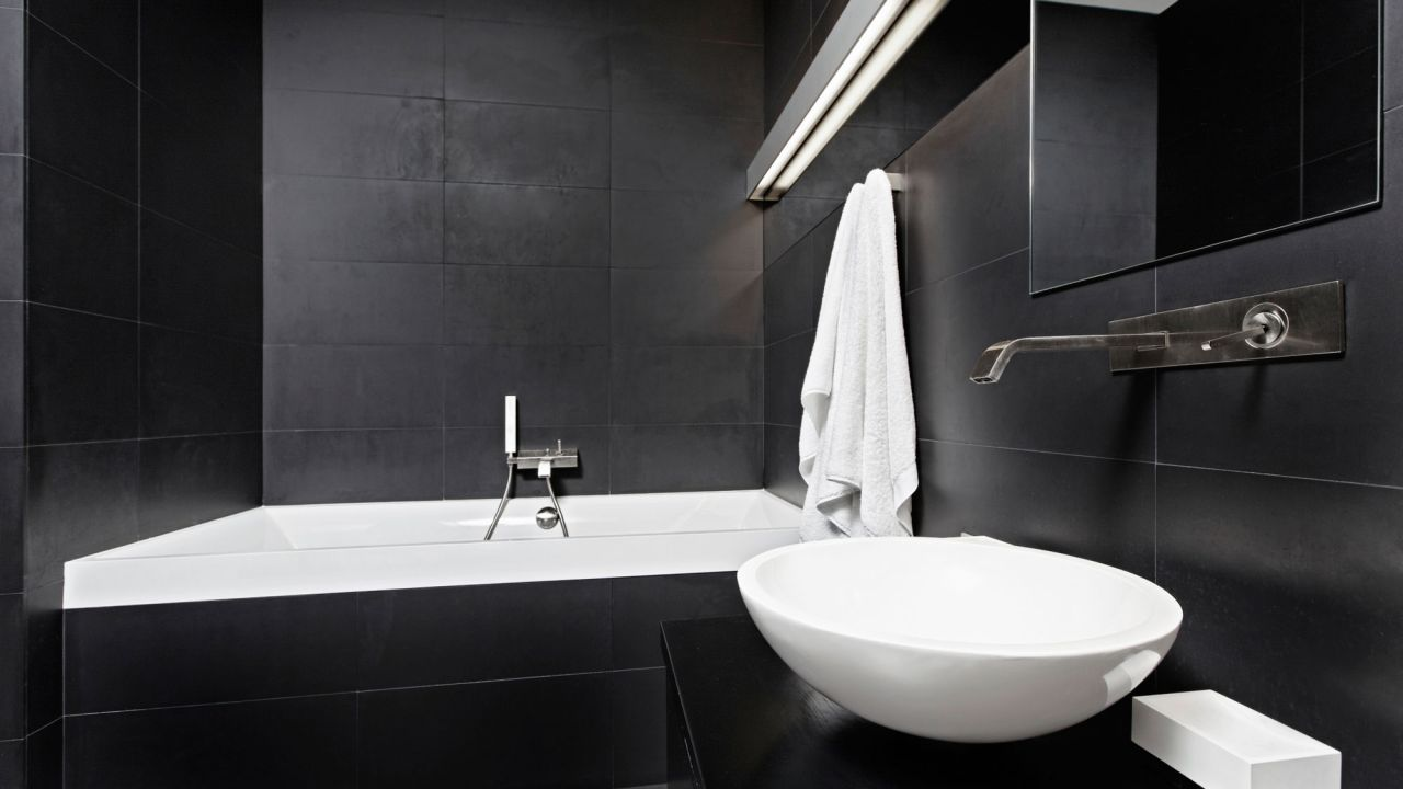 Ideas para decorar el baño en color negro - Estilo minimalista