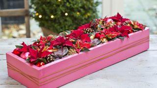 Centro de navidad con caja reciclada
