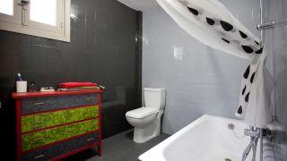 Cómo modernizar un baño viejo sin hacer obra - Paso 8