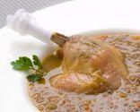 Lentejas con confit de pato asado