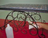 Mantenimiento de una mesa de hierro exterior