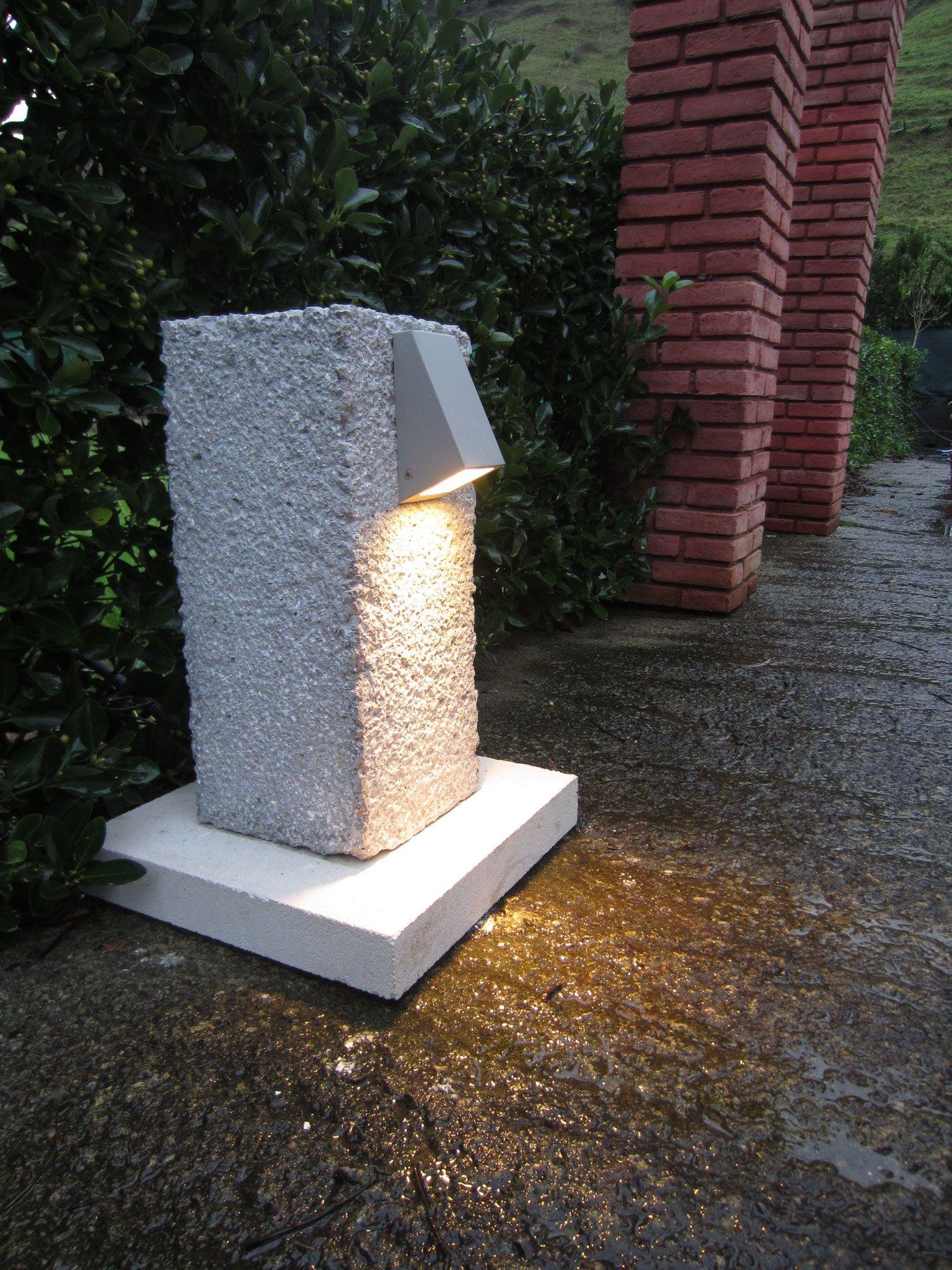 Lámpara de cemento para exterior