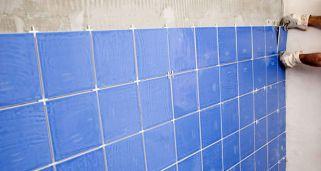 C mo pintar azulejos paso a paso bricoman a - Pintura especial azulejos ...