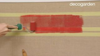 Decorar una sala de estar pequeña en tonos cálidos - Paso 5