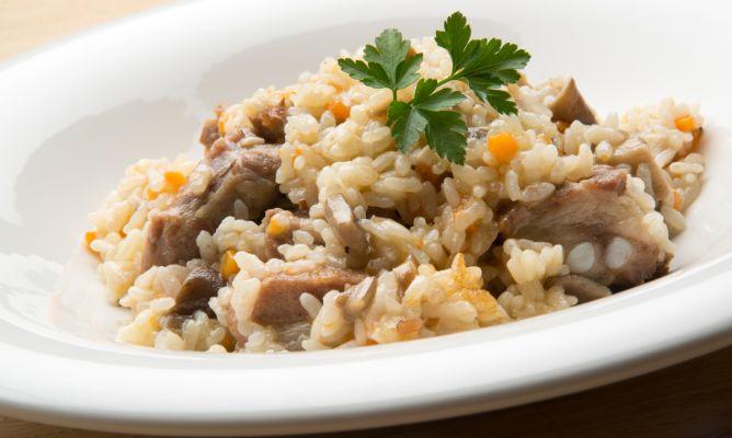 Arroz Caldoso Con Setas Y Pollo receta de arroz meloso de cerdo y setas - karlos arguiñano