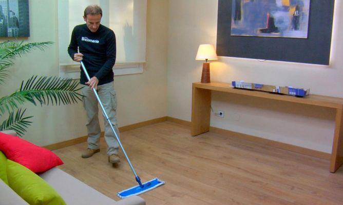 Limpieza del suelo laminado bricoman a for Mejor suelo laminado